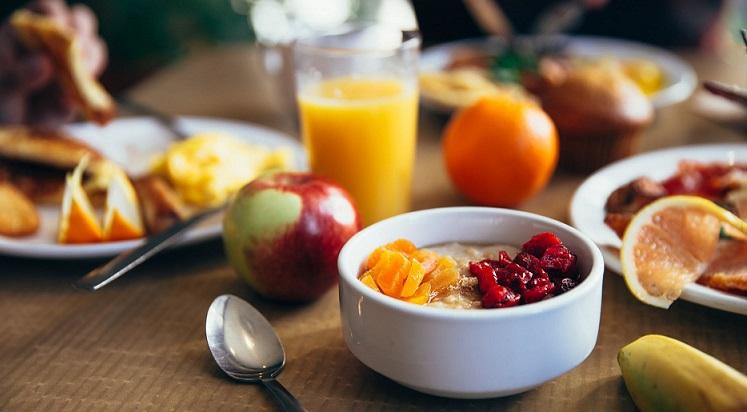 petit-déjeuner-equilibré-et-complet